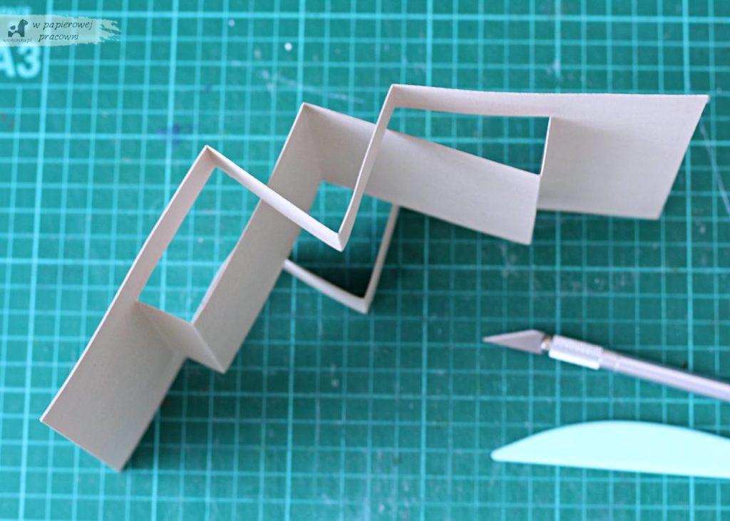 Kartka-typu-pop-up-book-panel-środkowy