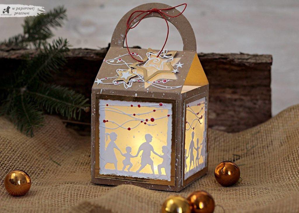 Oświetlony lampionik świąteczny