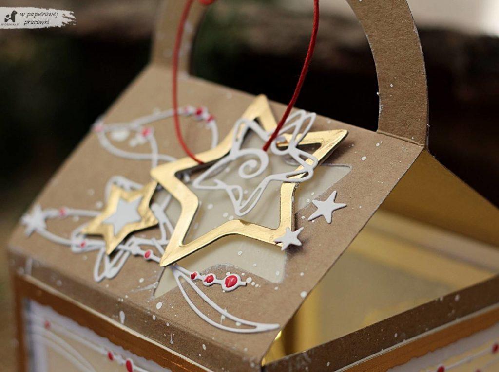 Gwiazdki jako dekoracja wieczka świątecznego lampionika