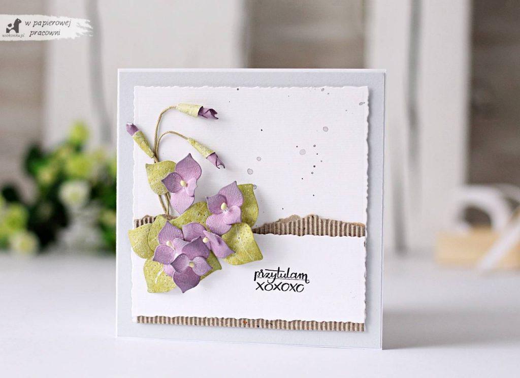 Wiosenna kartka z bukiecikiem fiołków
