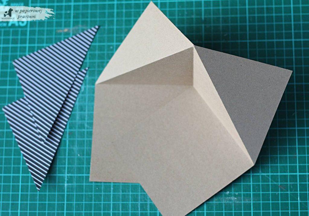 Baza kartki sztaluga narożna po złożeniu.